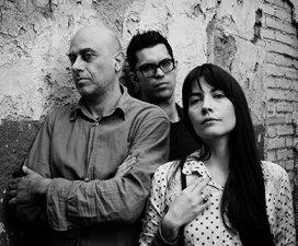 Folkways, il nuovo progetto di Costanza Alegiani con Marcello Allulli e Riccardo Gola