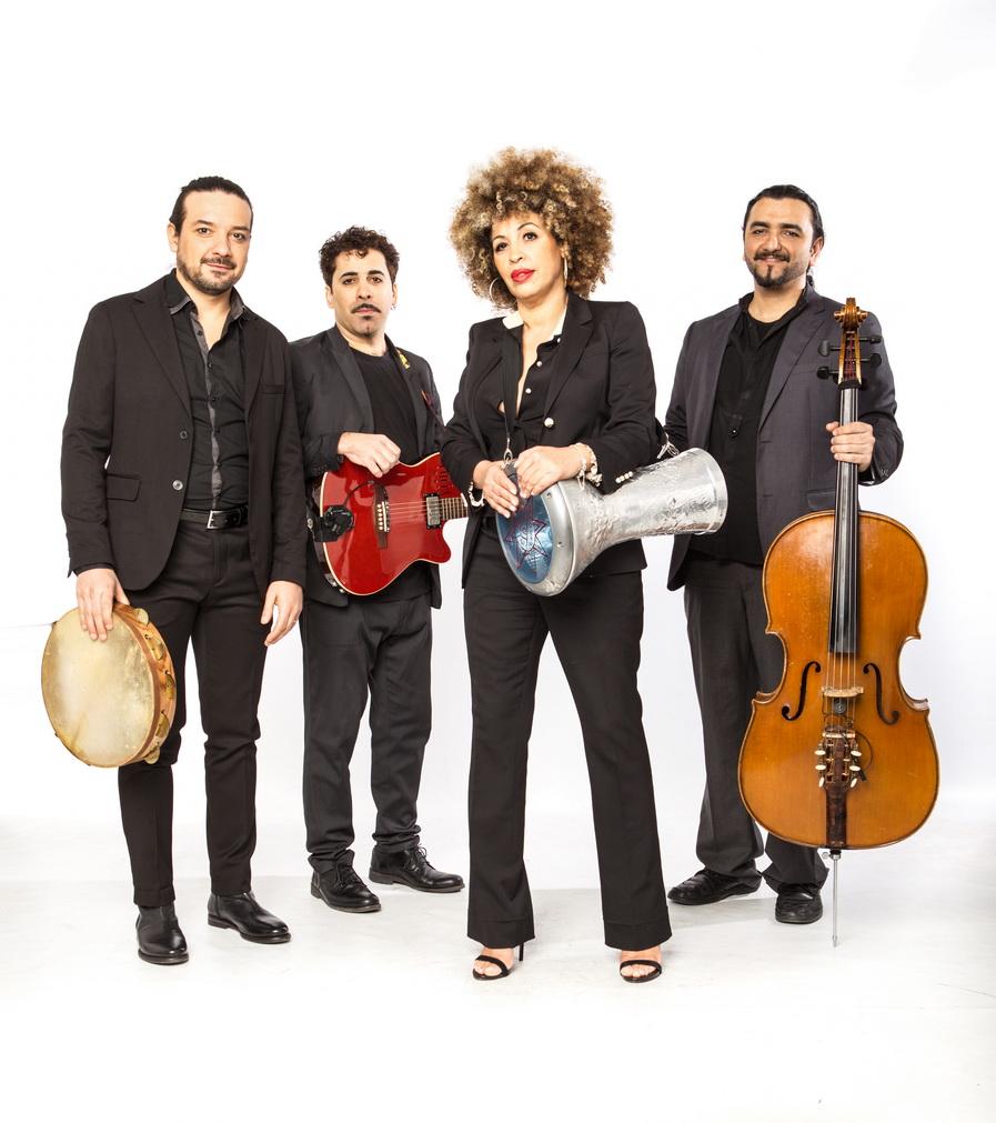 M'Barka Ben Taleb, dalla Tunisia a Napoli, la voce che canta e unisce il mediterraneo